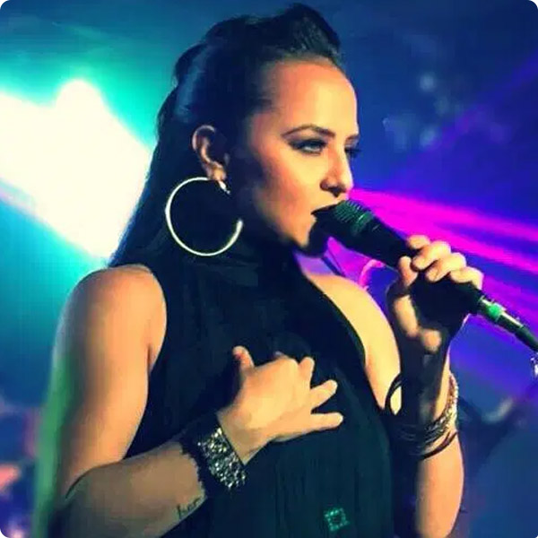 Shelly Lares